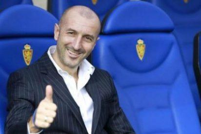 Expulsan al entrenador del Zaragoza por dar un puñetazo en los genitales al delegado del Mallorca