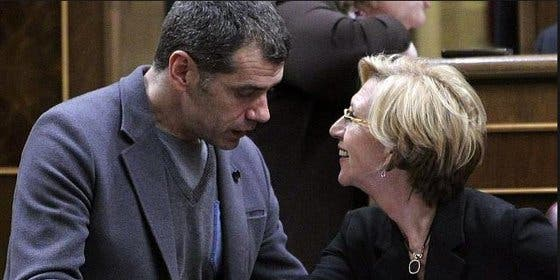 La vida no es de color magenta para UPyD: Cantó le pide cuentas a Rosa Díez por el varapalo andaluz