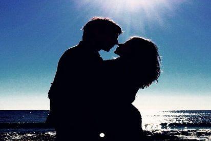 Una romántica Úrsula Corberó felicita a Velencoso