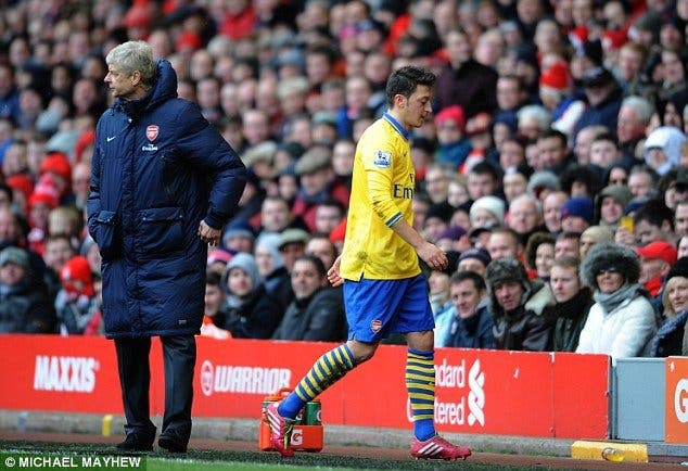 Filtran negociaciones entre dos jugadores del Manchester y el Arsenal