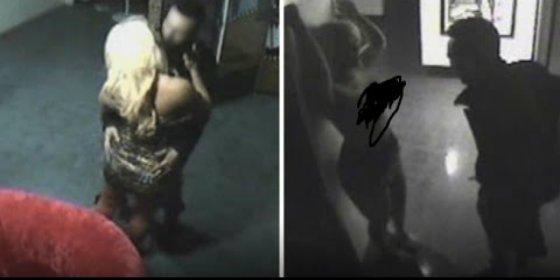 [Vídeo] La rubia maciza y el 'calentorro' que tienen sexo en un museo erótico y huyen desnudos a todo correr