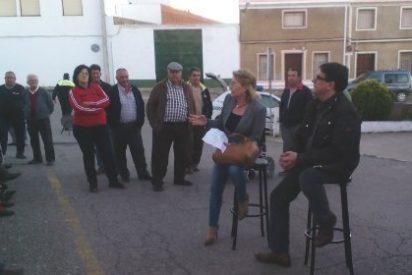 PSOE de Zahinos (Badajoz) protesta por la no reapertura de sus urgencias rurales