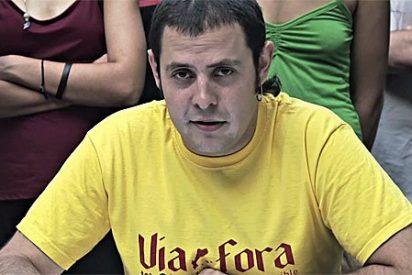 Uno de los facinerosos condenados por atacar a Rosa Díez en la UAB, candidato de Podemos para el 24M