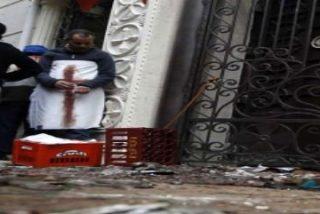 Militantes islamistas atacan una iglesia en Alejandría
