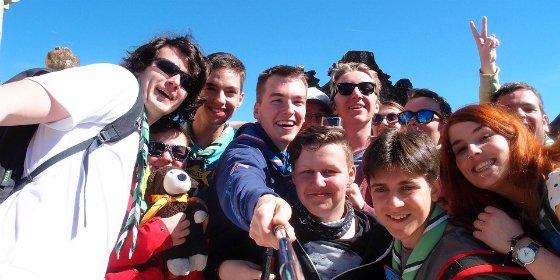 El Grupo Scout Azimut de Cáceres acoge a un grupo de jóvenes scouts de Praga (República Checa)