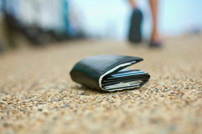 El tipo que perdió la cartera hace 14 años y ha recuperado la billetera con el dinero que tenía más intereses