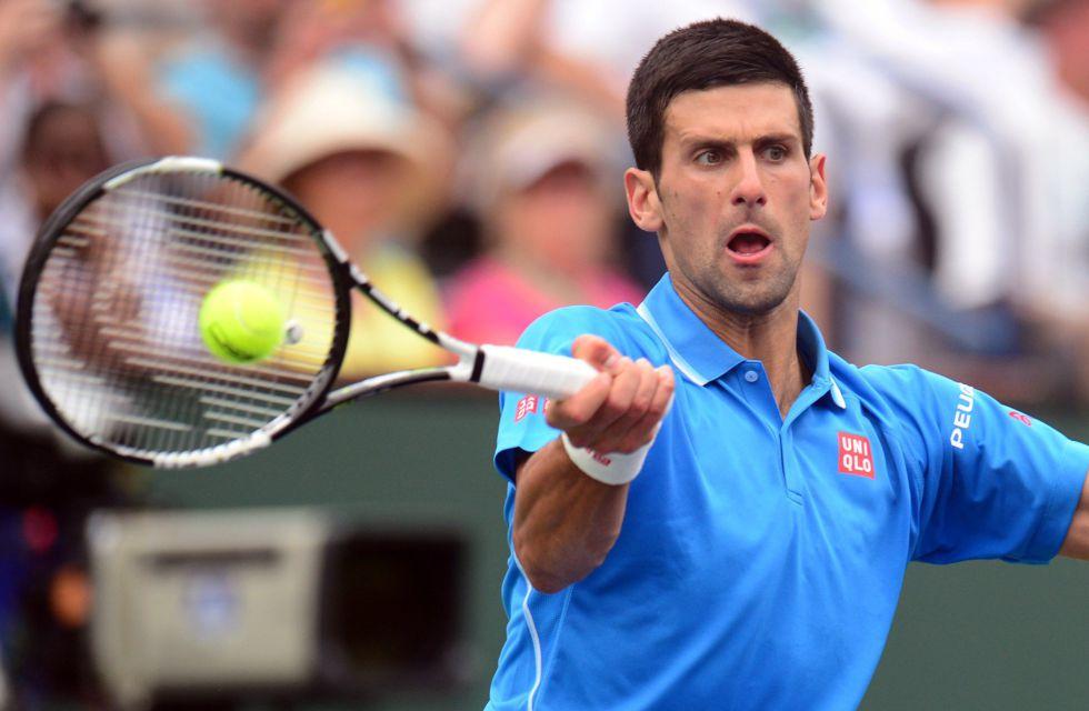 Djokovic alarga su racha ganadora en Miami agotando a Murray