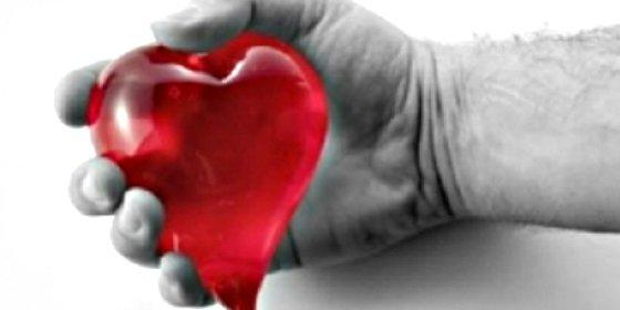 La Justicia europea avala que se prohiba a los homosexuales donar sangre