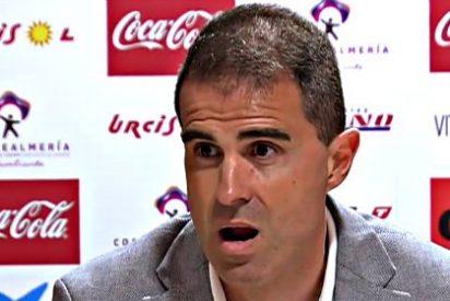 El entrenador del Éibar planta a los periodistas tras quejarse estos de que no le entendían porque hablaba en euskera