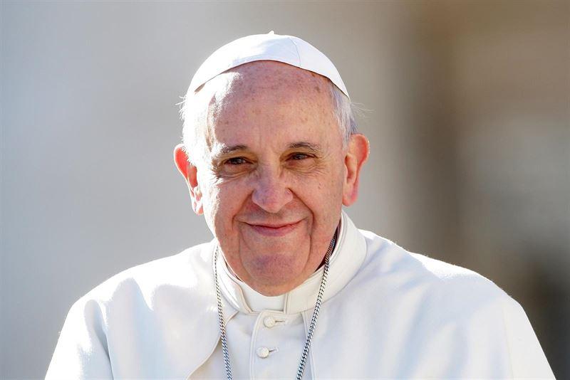 """Papa Francisco: """"La vocación cristiana es una llamada de amor"""""""