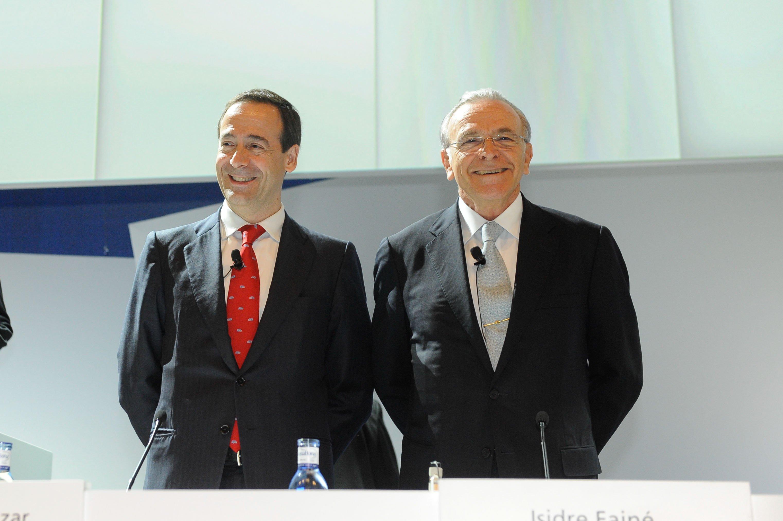 CaixaBank obtiene un beneficio de 375 millones y aumenta un 8% los créditos y los recursos, después de integrar Barclays Bank, SAU