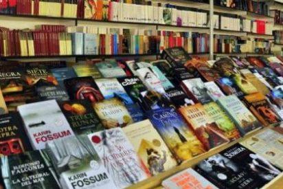 Presentación de varias novedades en la Feria del Libro de Cáceres