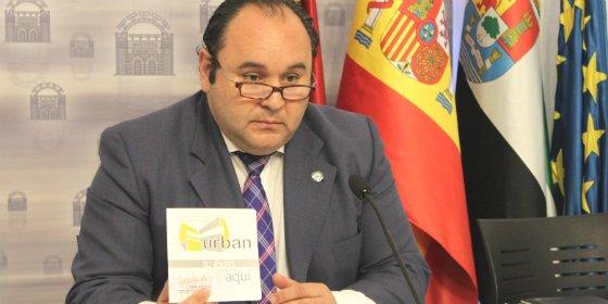 El portavoz aclara la situación económica municipal de Mérida