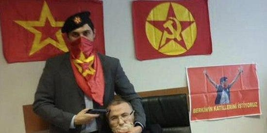 Muere de 5 tiros el fiscal turco secuestrado por un fanático grupo de extrema izquierda