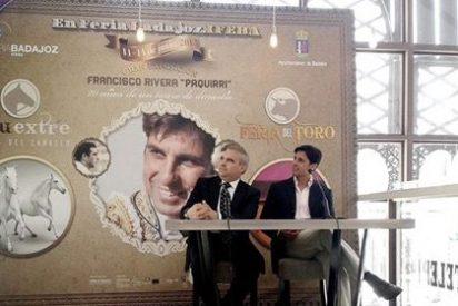 Francisco Rivera emocionado con la exposición 'Francisco Rivera 'Paquirri'. 20 años de un torero de dinastía'