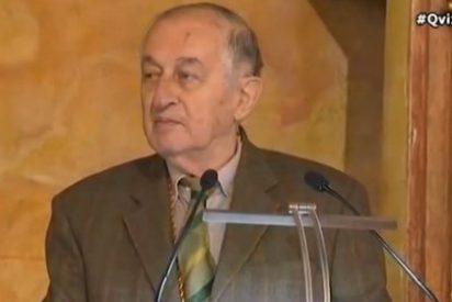 Goytisolo aprovecha la entrega del Premio Cervantes para dar un mitin pidiendo el voto para Podemos