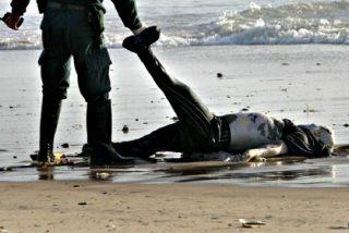 Una banda de inmigrantes musulmanes arroja por la borda de la patera a doce cristianos