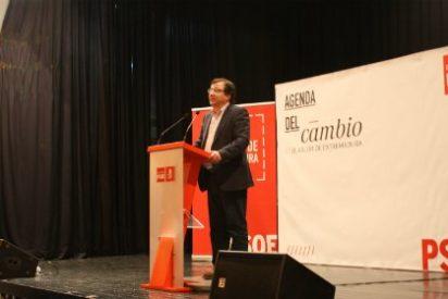 Fernández Vara advierte que la política no es enfrentarse a todo el mundo