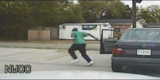 Difunden un nuevo vídeo del asesinato de un conductor a manos del policía 'gatillo fácil'