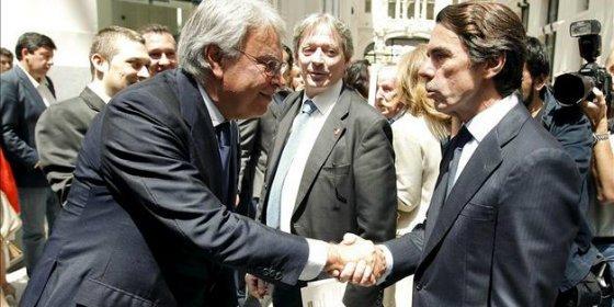 González y Aznar se dan la mano en la denuncia contra los abusos en Venezuela