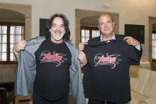 Monago se reúne con uno de los fundadores del grupo Barón Rojo