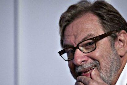 Cebrián anuncia que PRISA estudia pedir al Gobierno Rajoy nuevas licencias de televisión