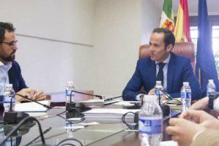Parejo se reúne en Presidencia con nuevos emprendedores extremeños