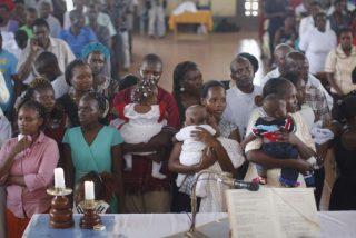 """Los obispos de Kenia denuncian los """"fallos en la seguridad"""" que permitieron la masacre de Garissa"""