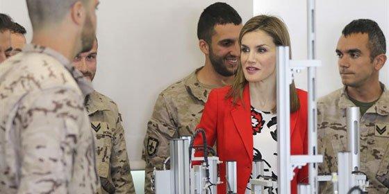 La Reina Letizia ha visitado la Academia de Artillería de Segovia