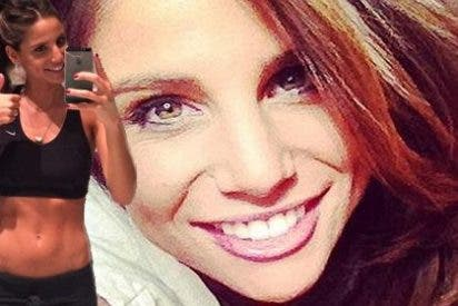 La periodista española presume de tener a Chicharito como novio