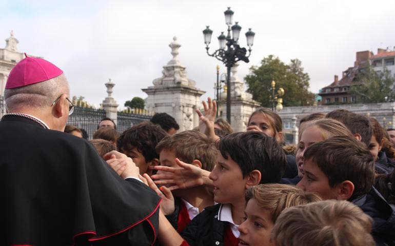 """Carlos Osoro: """"El trabajo es un derecho fundamental"""" de la persona"""