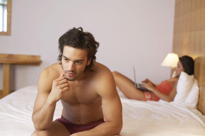Descubre si eres hombre por qué ya no quieres sexo... y el riesgo que corres de que te crezcan las tetas