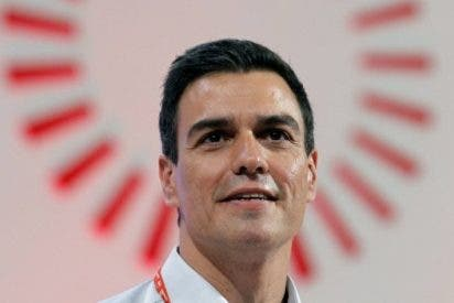 """El socialista Pedro Sánchez promete, si llega presidente del Gobierno, trasladar """"instituciones de España"""" a Barcelona"""
