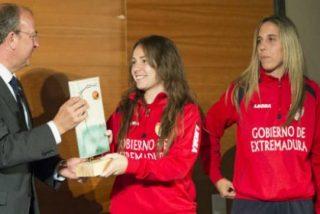 El presidente Monago participa en los Premios 'Me gusta el Fútbol'