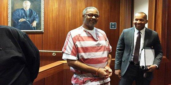 Le tuvieron 30 años en el corredor de la muerte y ahora le absuelven