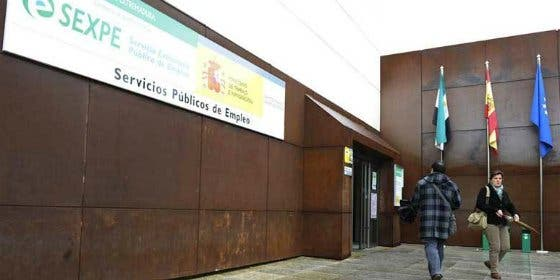 El paro bajó en Cáceres en 323 personas durante el mes de marzo