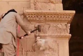 El Estado Islámico destruye Hathra, ciudad patrimonio de la Humanidad, y publica en YouTube un cuidado reportaje profesional