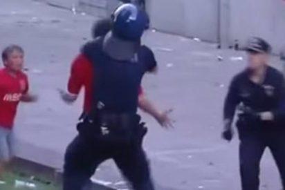 [Vídeo] La terrible agresión de un policía a una familia de seguidores del Benfica