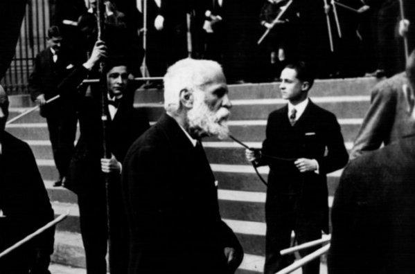 ¿Llegará Gaudí a ser santo?