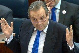 "Arcadi Espada: ""Carmona está feliz de haber mentido diciendo que no pactaría con Podemos"""
