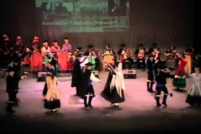 """Prsentación de la XIII Muestra de Folklore """"Ciudad de Badajoz"""""""