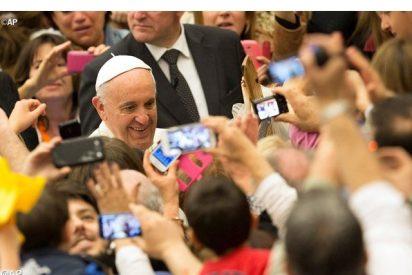 """El Papa pide una """"movilización general"""" contra el paro juvenil"""