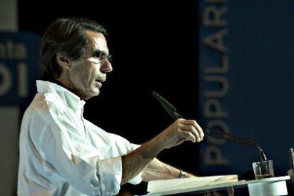 """José María Aznar: """"Creen que pueden destruir al PP. No lo van a conseguir"""""""