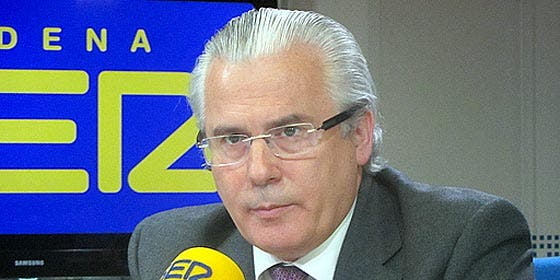 ABC asegura que la fundación de Garzón capta clientes para su despacho