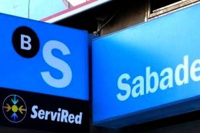 La escandalosa experiencia de un jubilado en el Banco Sabadell: se niegan a abrirle una cuenta para su pensión