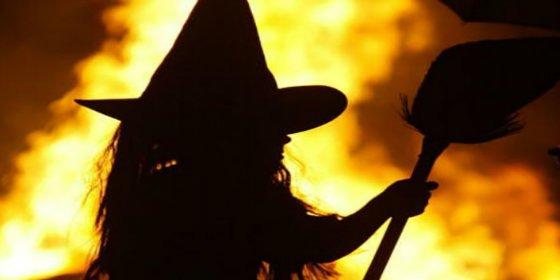 """La turba enfurecida quema viva a una mujer """"por bruja"""" en Guatemala"""