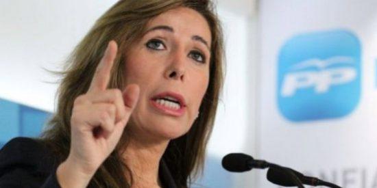 """Sánchez-Camacho: """"El actual Ayuntamiento de CiU derrocha en gasto independentista"""""""
