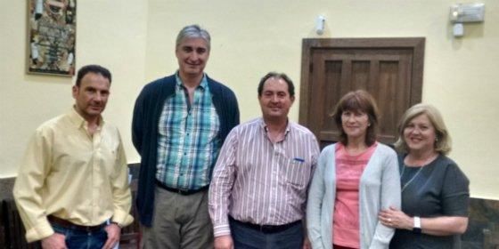 Ciudadanos (C's) de Mérida se reúne con representantes de Radio Taxi de Mérida