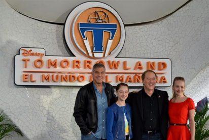 """George Clooney presenta Tomorrowland en Valencia: """"Cada persona puede cambiar las cosas"""""""