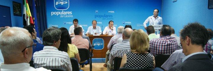 Monago recalca que seguirá dando la cara por el PP y por la región extremeña